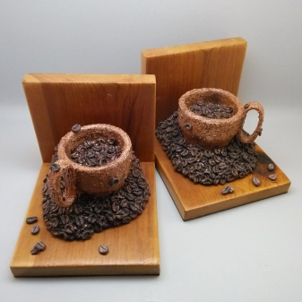 Coffee Cups - Bookends